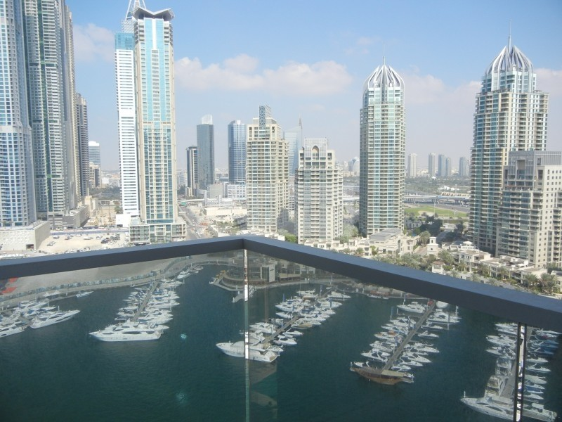 Full Marina View   3 BR+M   A/C Free   Vacant Soon