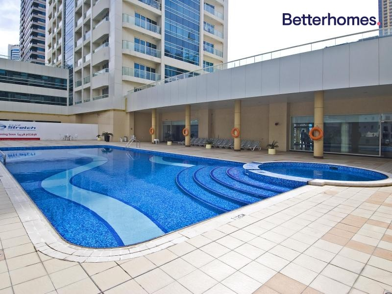 Partial Marina View| Mid Floor | Fully Furnished|