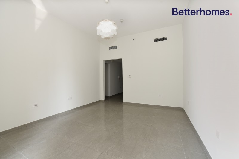 2 Bed | Rented | Middle Floor | Marina View