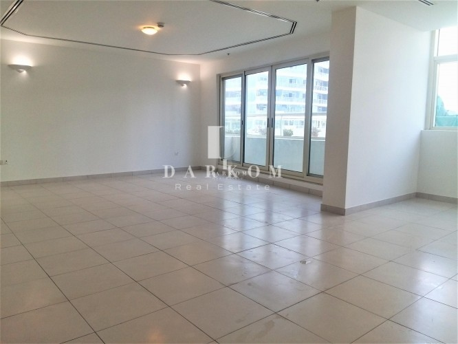 Large  2BR | Marina View Tower B | 2 Parking | Near Metro Station