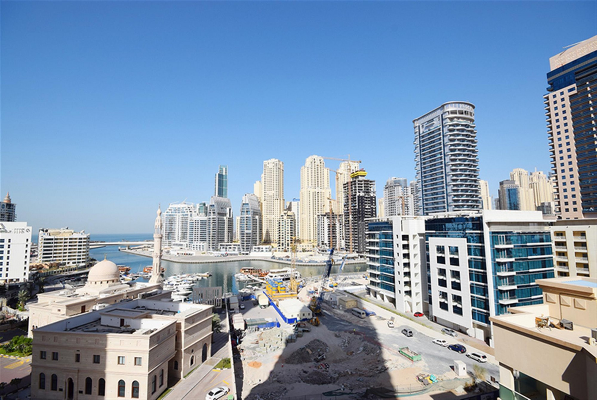 AC free up to 12 cheques 1BR SZR view w/balcony