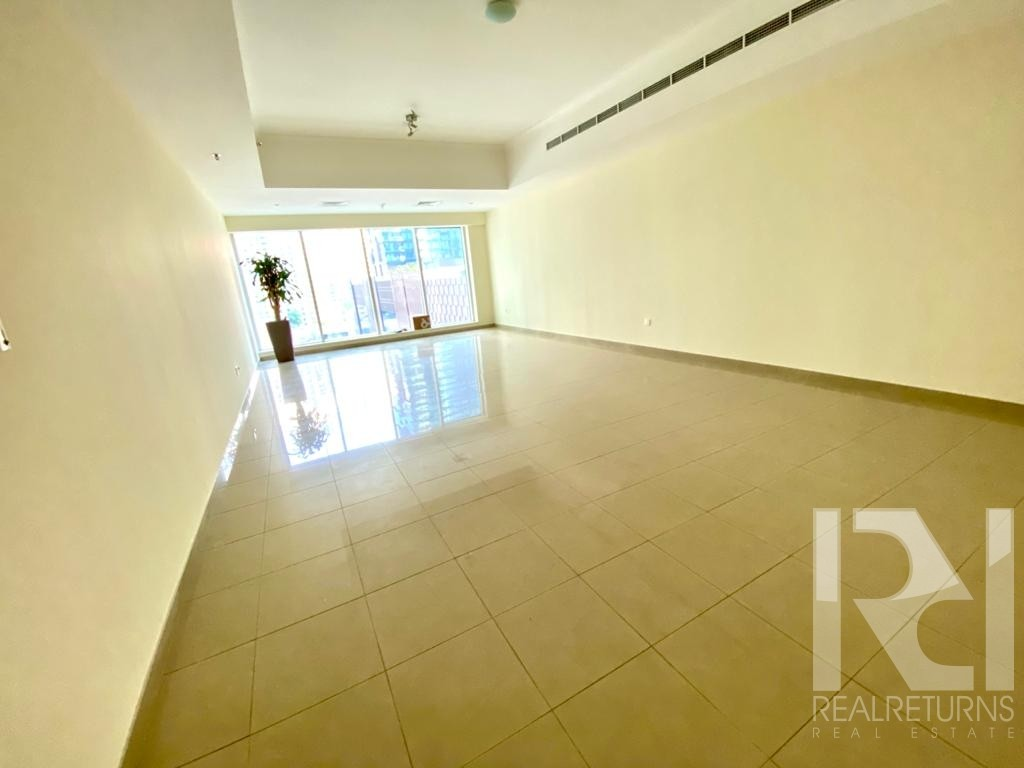 Very large 2bed apartment for rent at best location