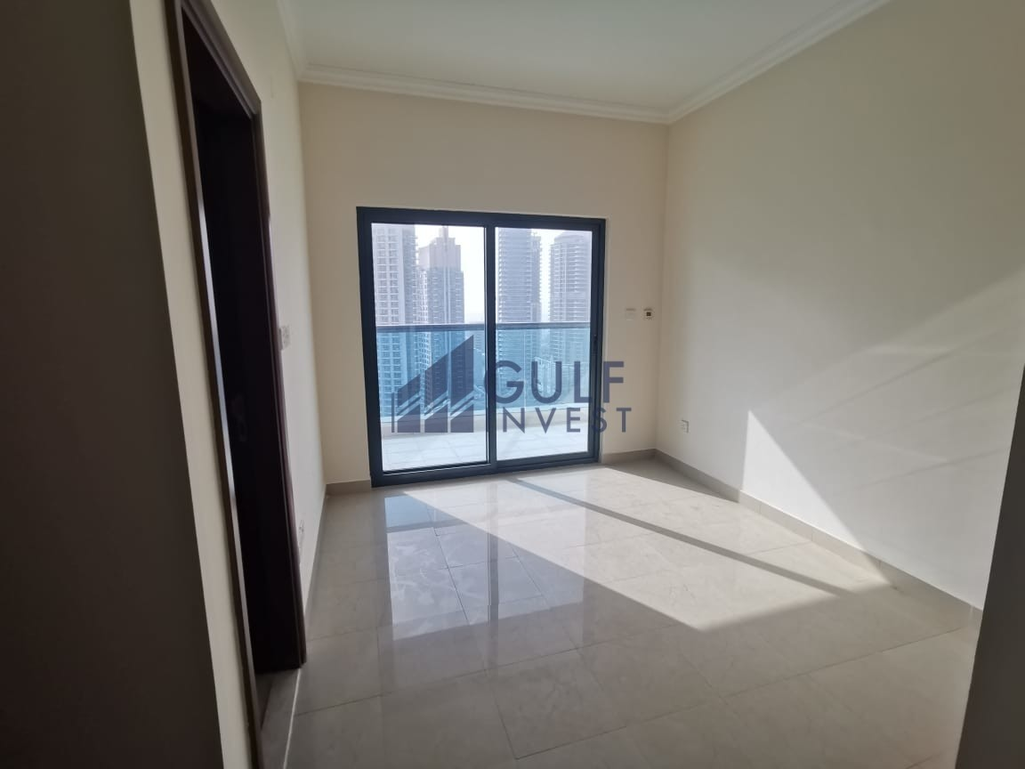 BRIGHT MODERN 2BR WITH MARINA VIEW CHILLER FREE