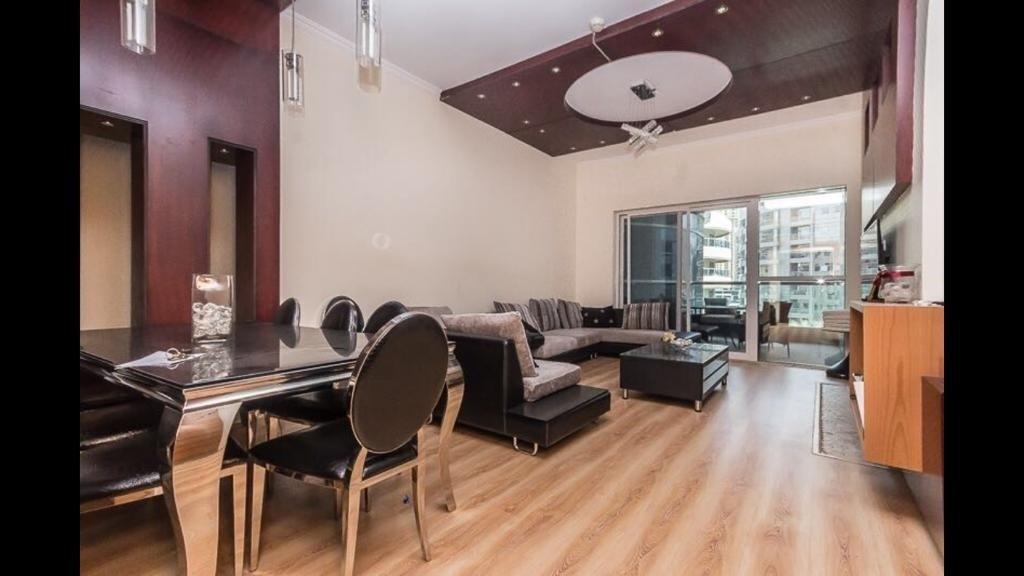 Amazing  & Spacious 3br apartment | With balcony