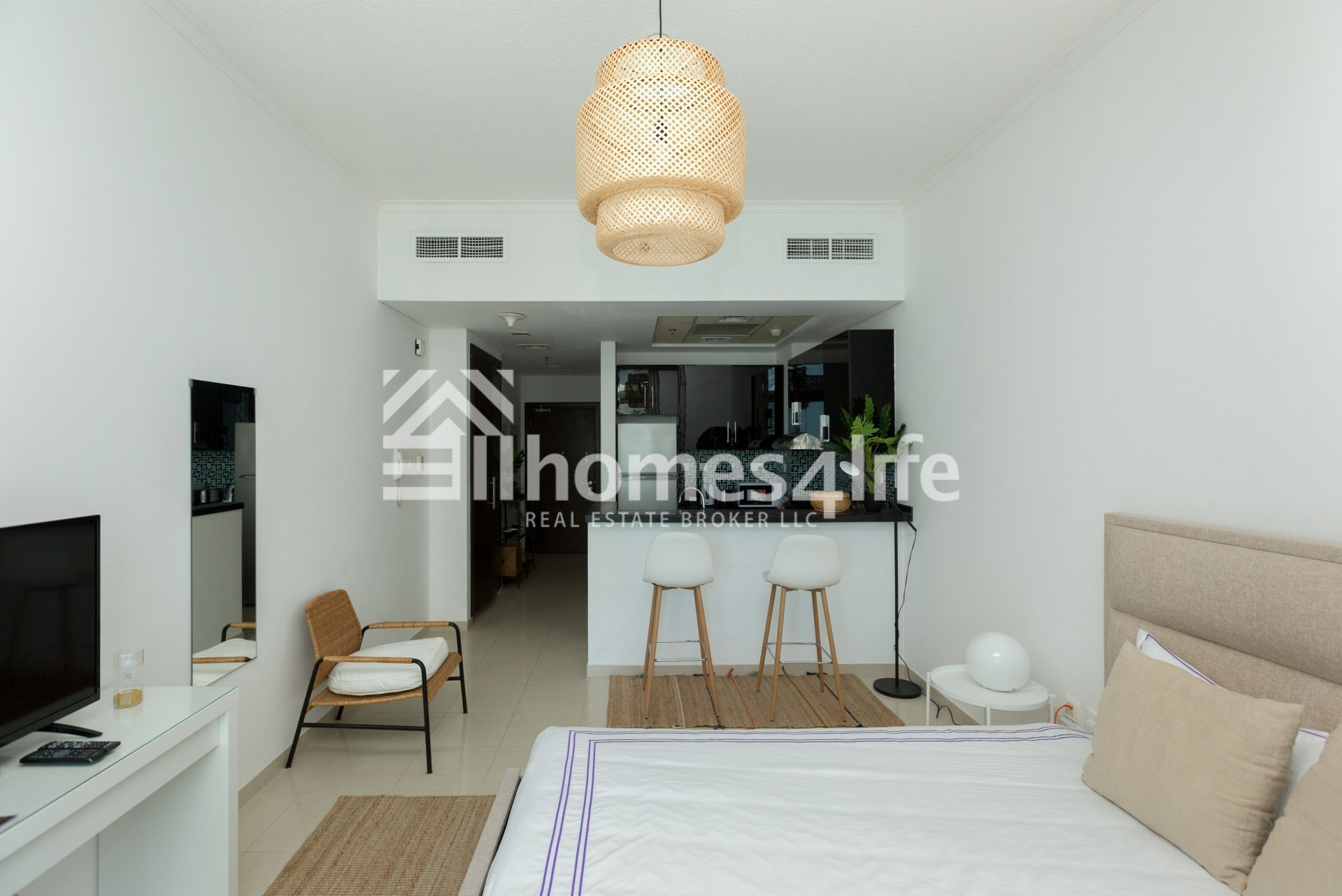 Partial Sea View   Completely furnished