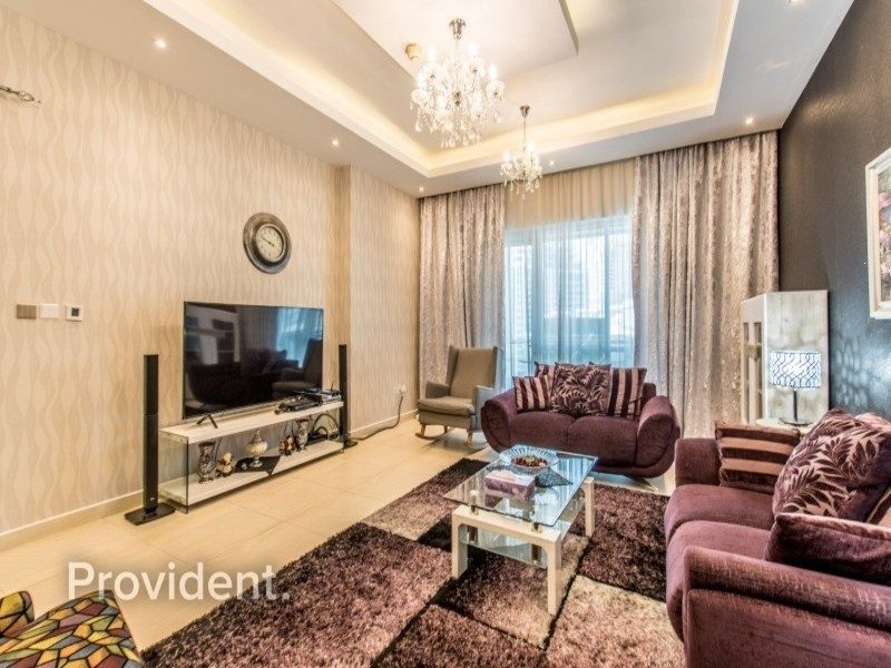 2 Bed + Maid's | Vacant On Transfer | Upgraded