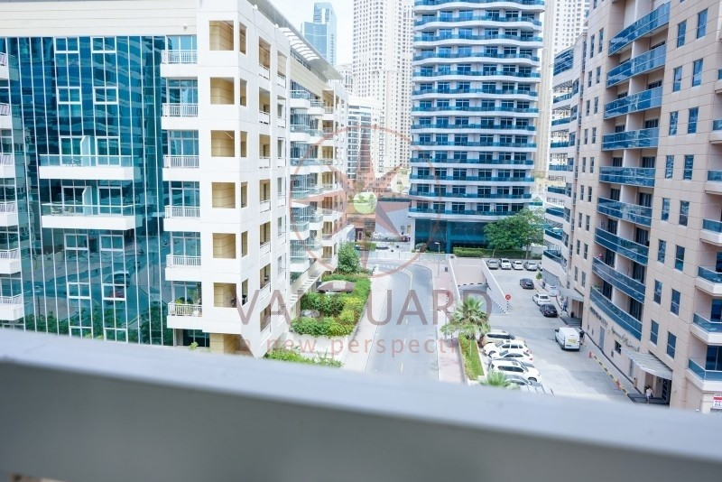 1 bedroom for Rent with Full Marina View in Marina