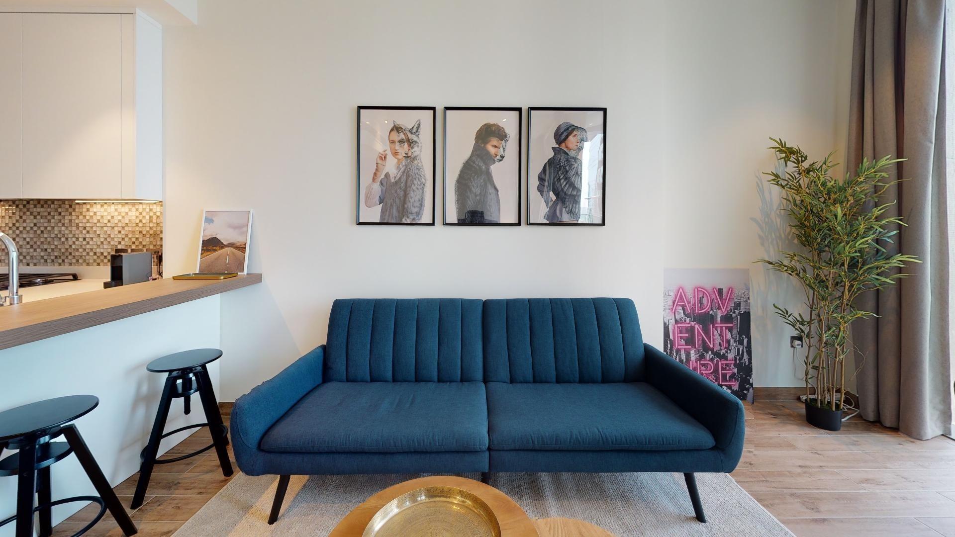 Upgraded studio | High floor | Rent online