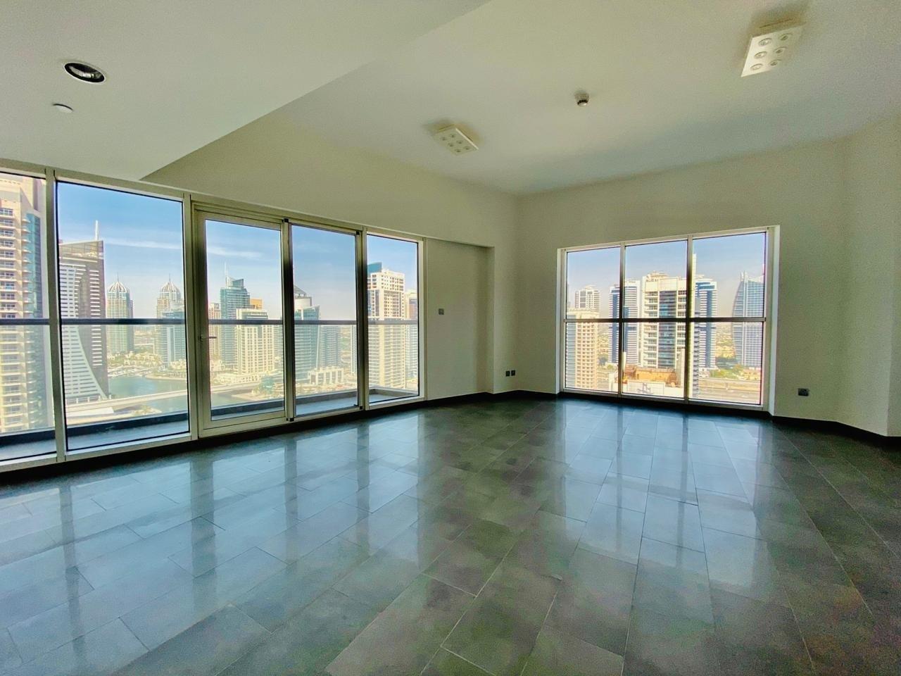 Panaromic Marina view|Elegant Apartment|Modren Finishings