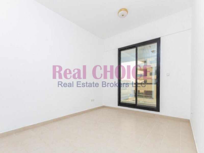 Nice Apartment with Balcony and Less Price