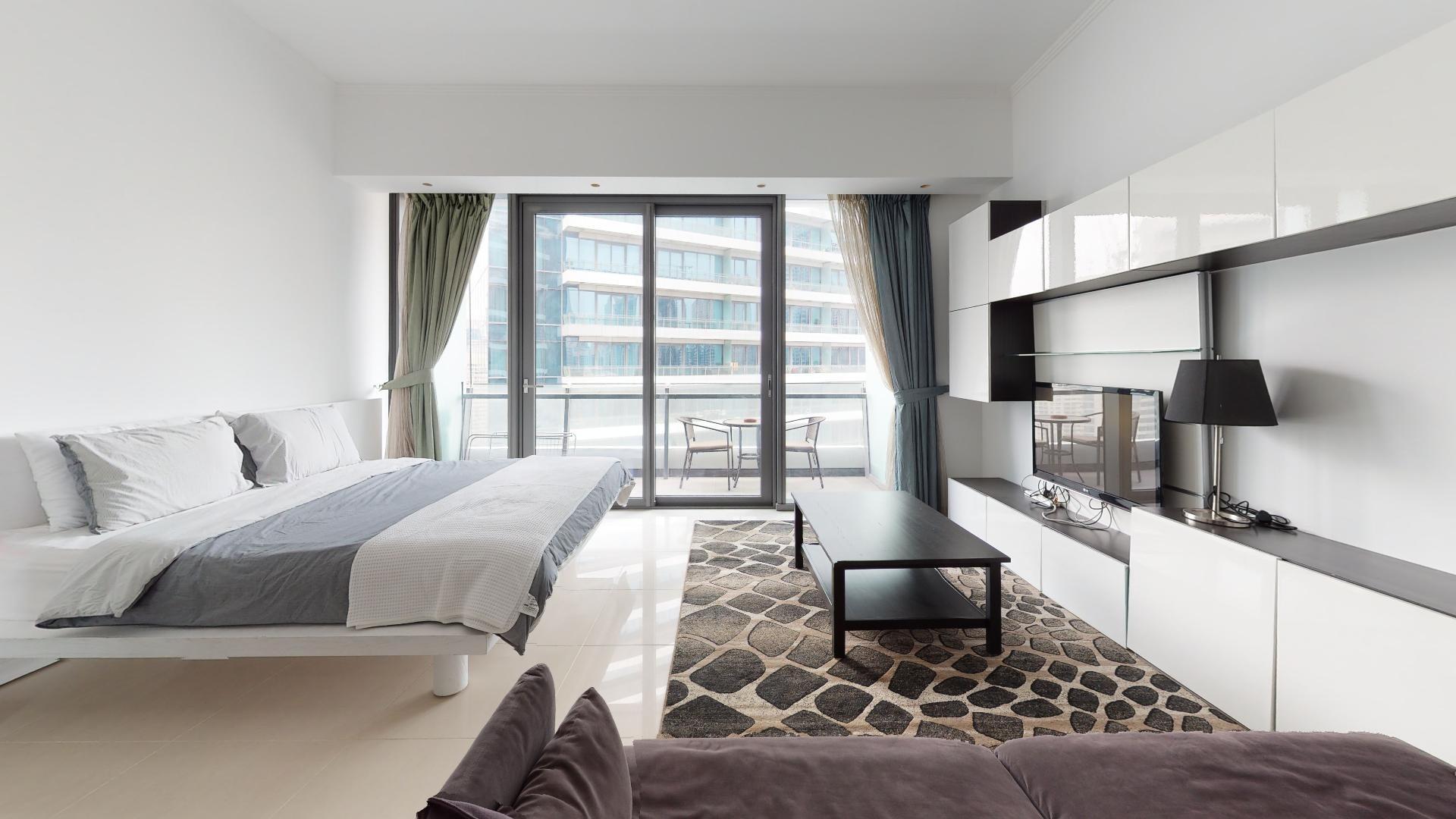 High floor  | Marina views | Contactless tours