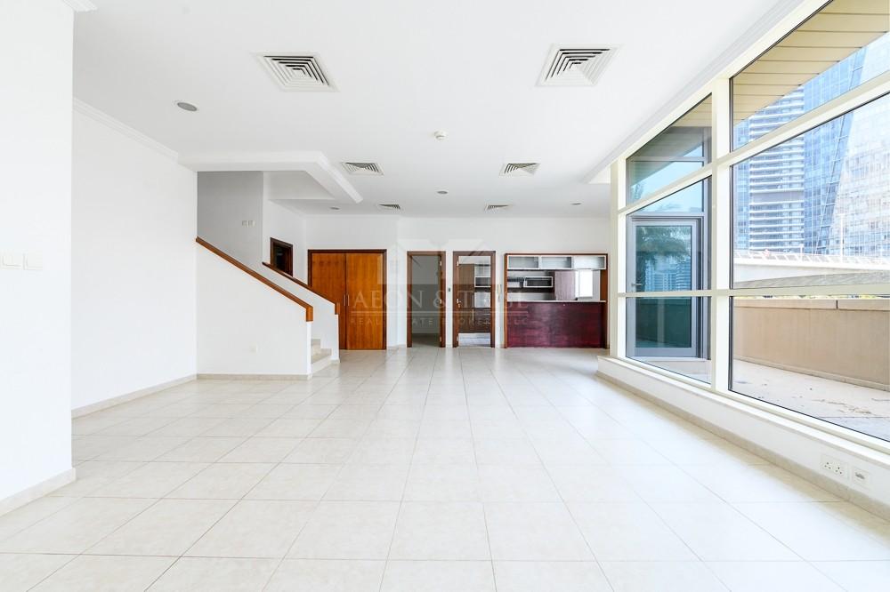 Rare Duplex with Huge Terrace   Full Marina view