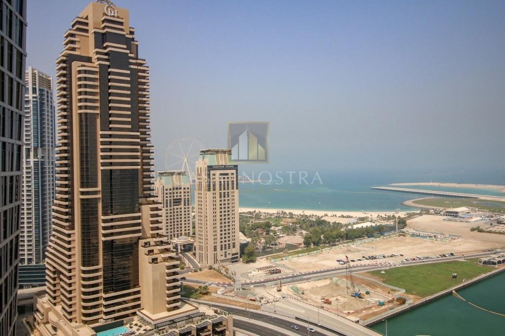 Full sea and Palm view High End 3BR Vacant Balcony