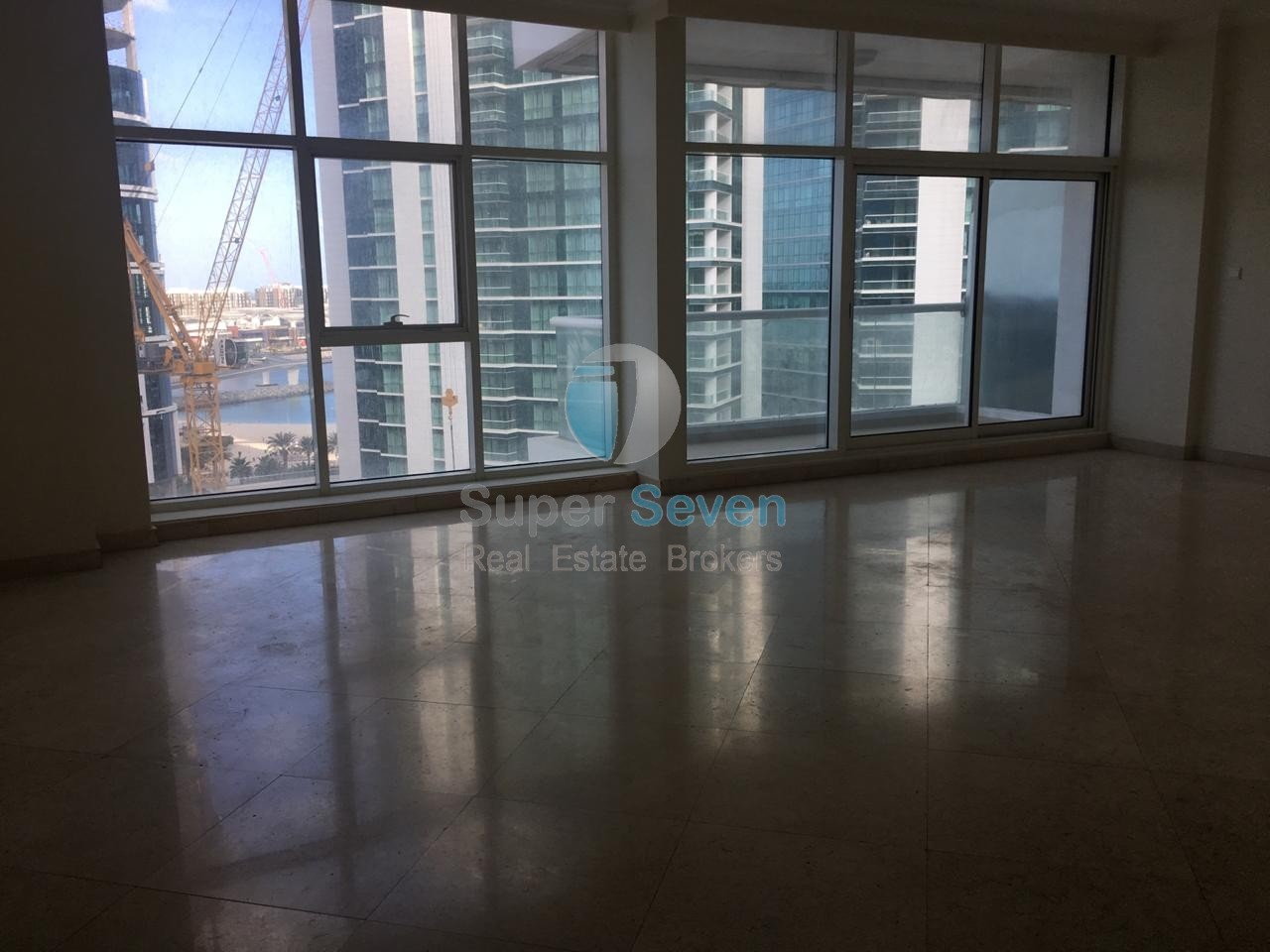 Large See View 3 Bedroom Available for Rent in Marina