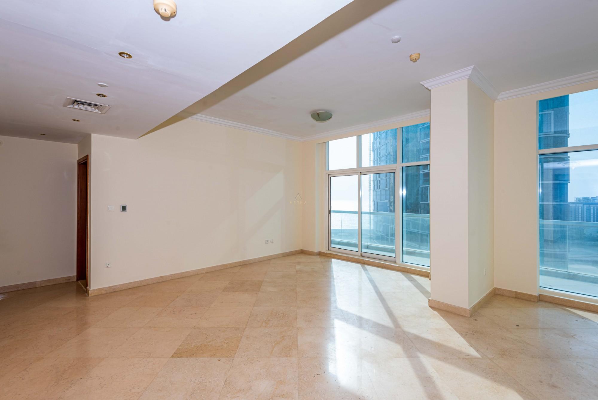 Beautiful 3 bedroom Duplex | Sea View | 12 cheques