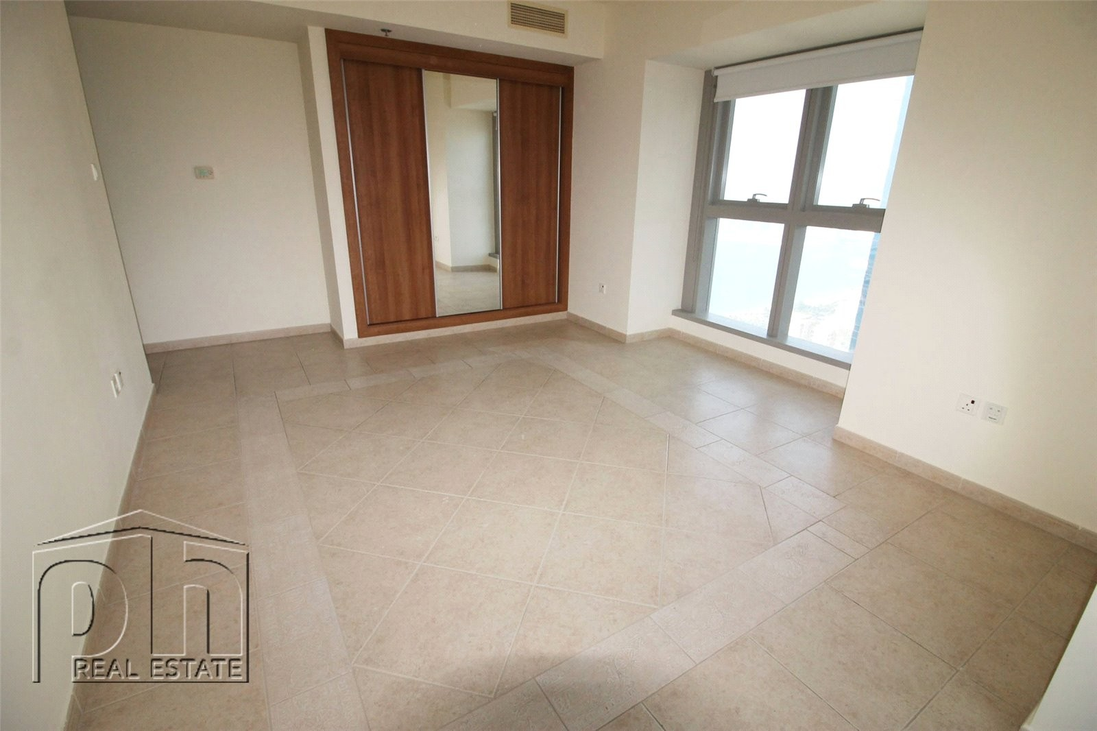 Palm Jumeirah View | Large Two Bedrooms