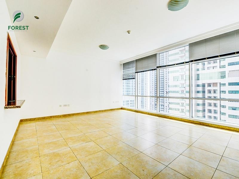 Spacious Unit | 2 Beds | Marina View | Unfurnished