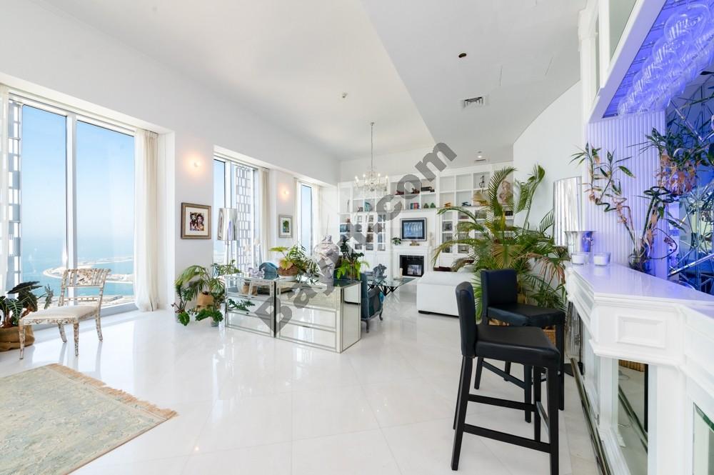 Private Pool | Custom Build Penthouse Apartment