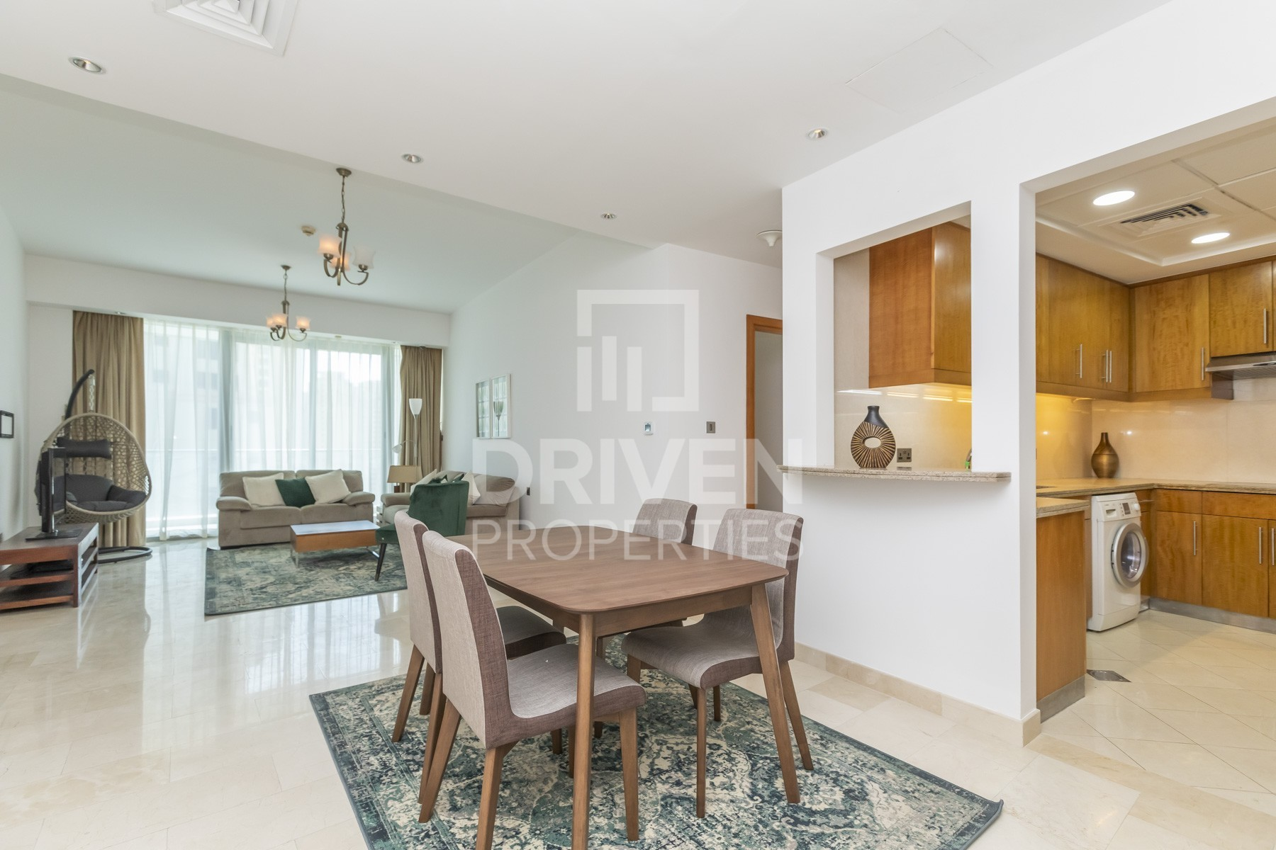 Large and Bright Apt | Upscale Residence