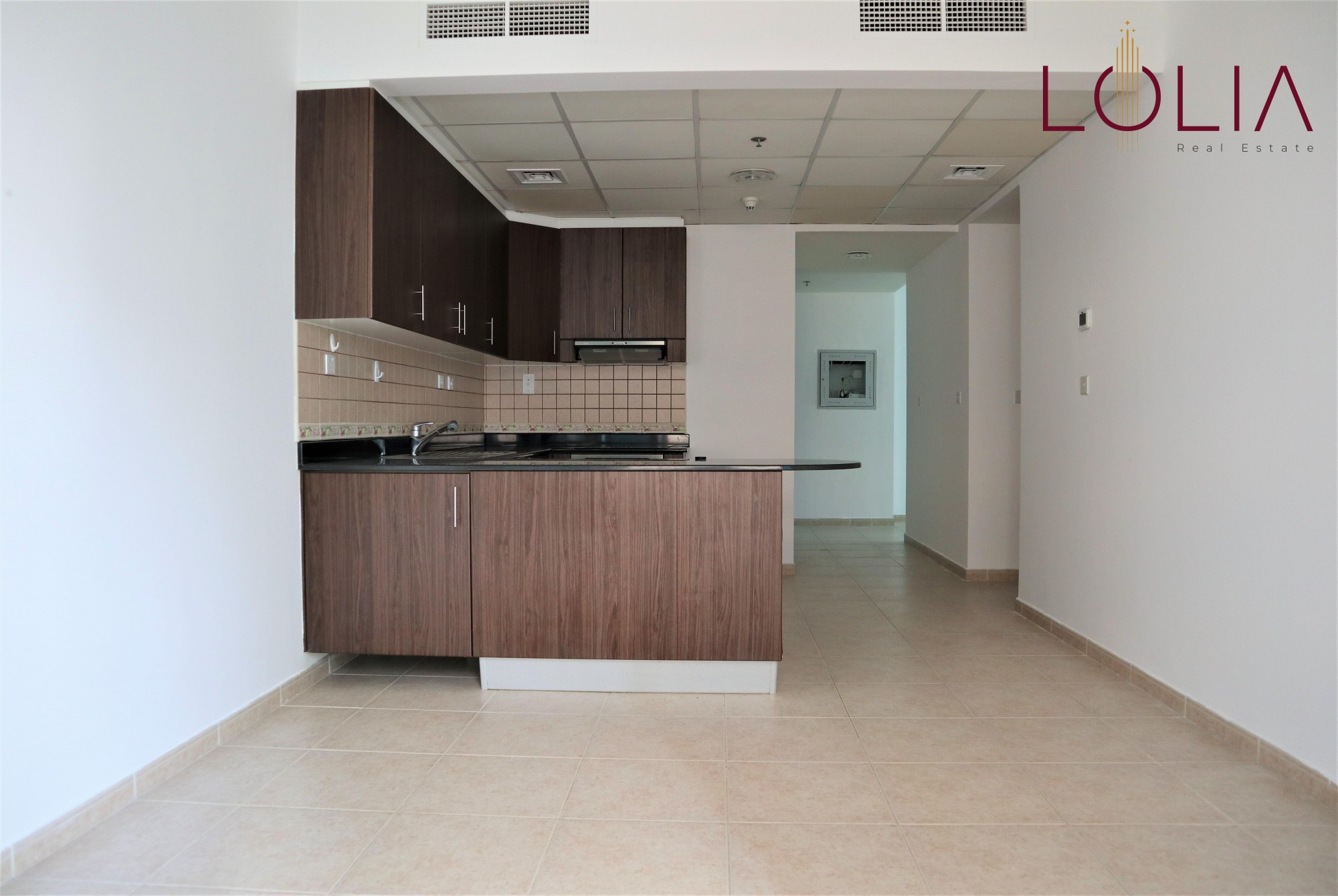 Spacious 2 BHK | Well Maintained | Unfurnished