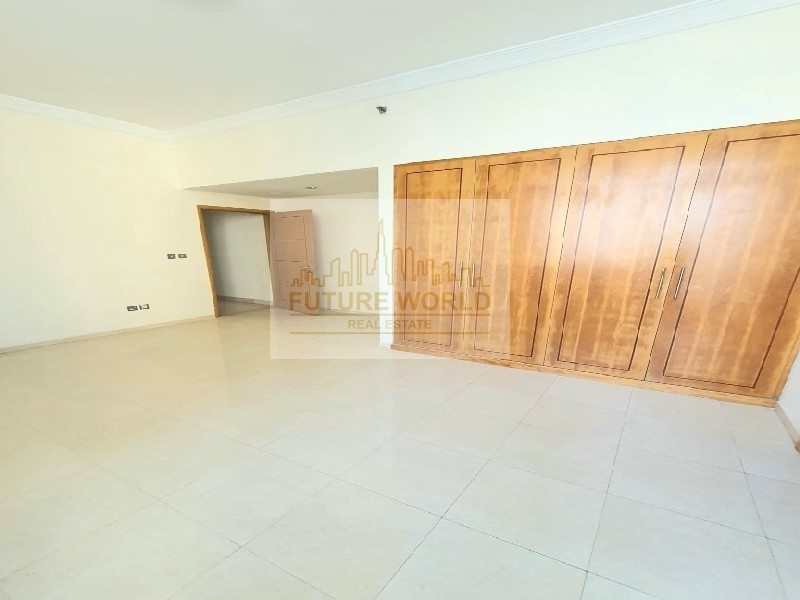 Luxurious Unit | Huge Size | Kitchen Equipped