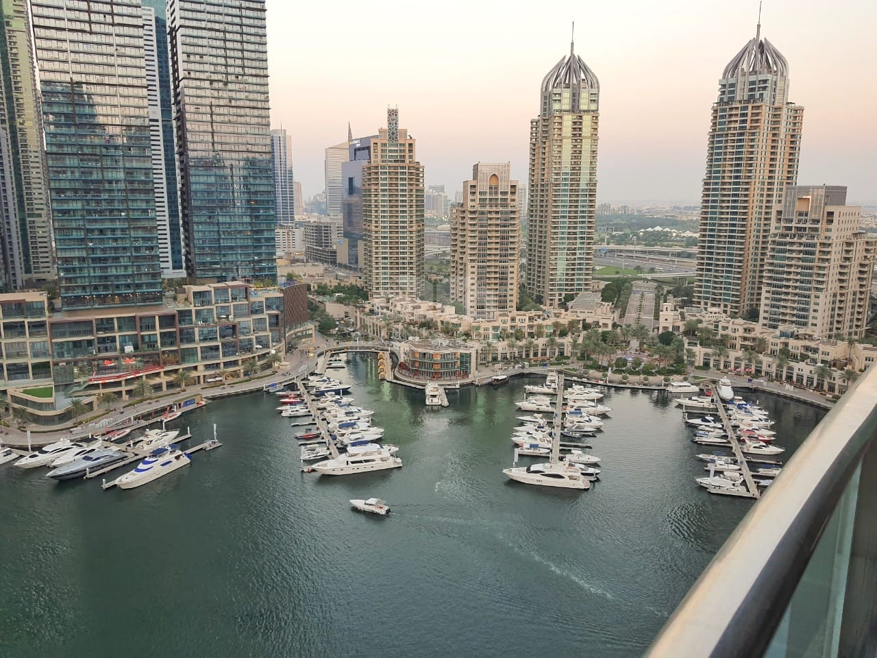 Large 1bedroom I Marina & Sea view I Chiller free