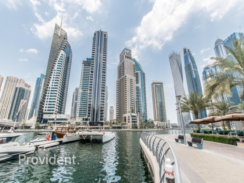 Suitable for F&B - Marina Walk - Ready to Move - In