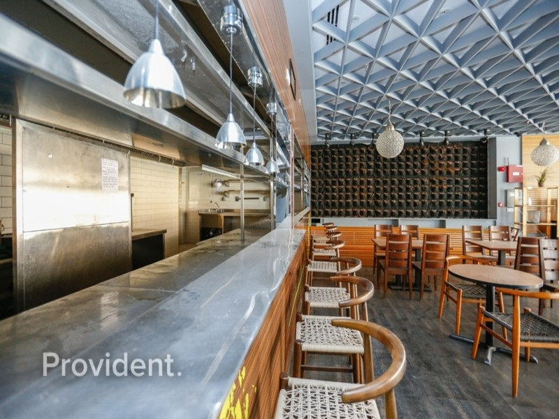 Ideal for F&B, Huge Space, Premium Location