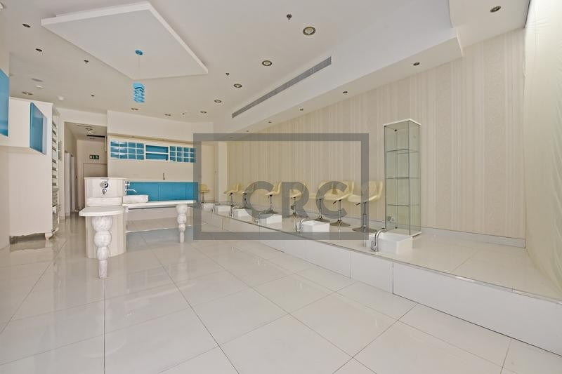 Ladies Salon For Lease | Fitted | Le Grande Mall