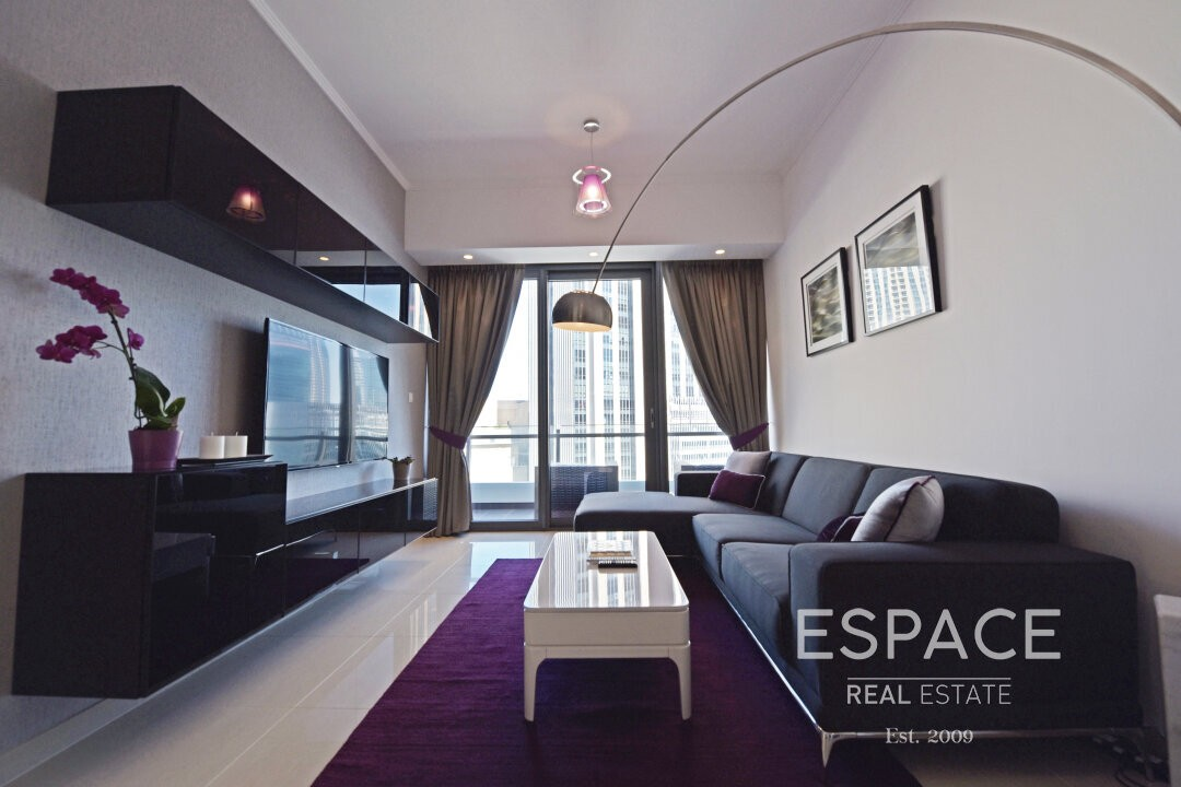 Meticulously Upgraded and Furnished 2 Beds