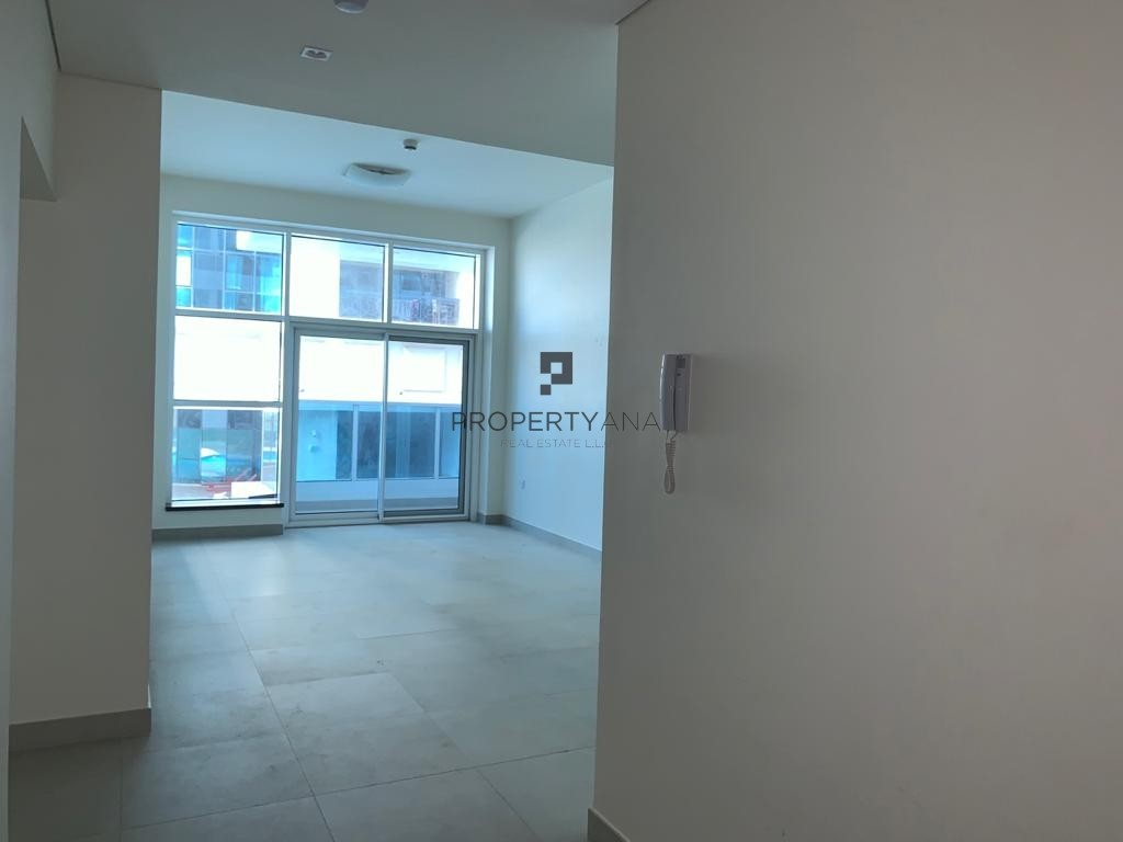 Chiller Free |Spacious 1BR in Marina | Best deal