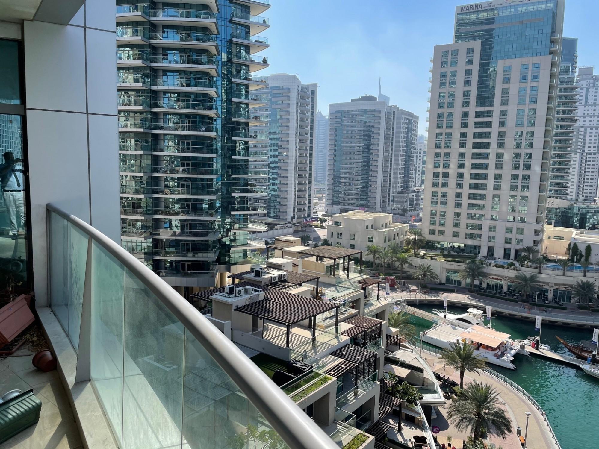 3 B/R Apartment with Amazing Full Marina View| Balcony, 2 Parking, Equipped Kitchen, Maid's& Storage Room | Dubai Marina