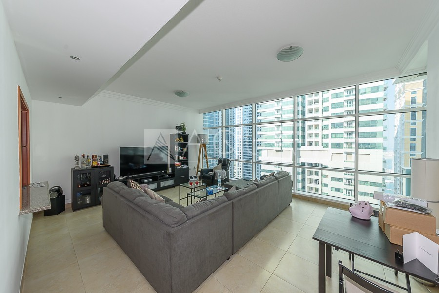 Marina View | High Floor | Natural Light