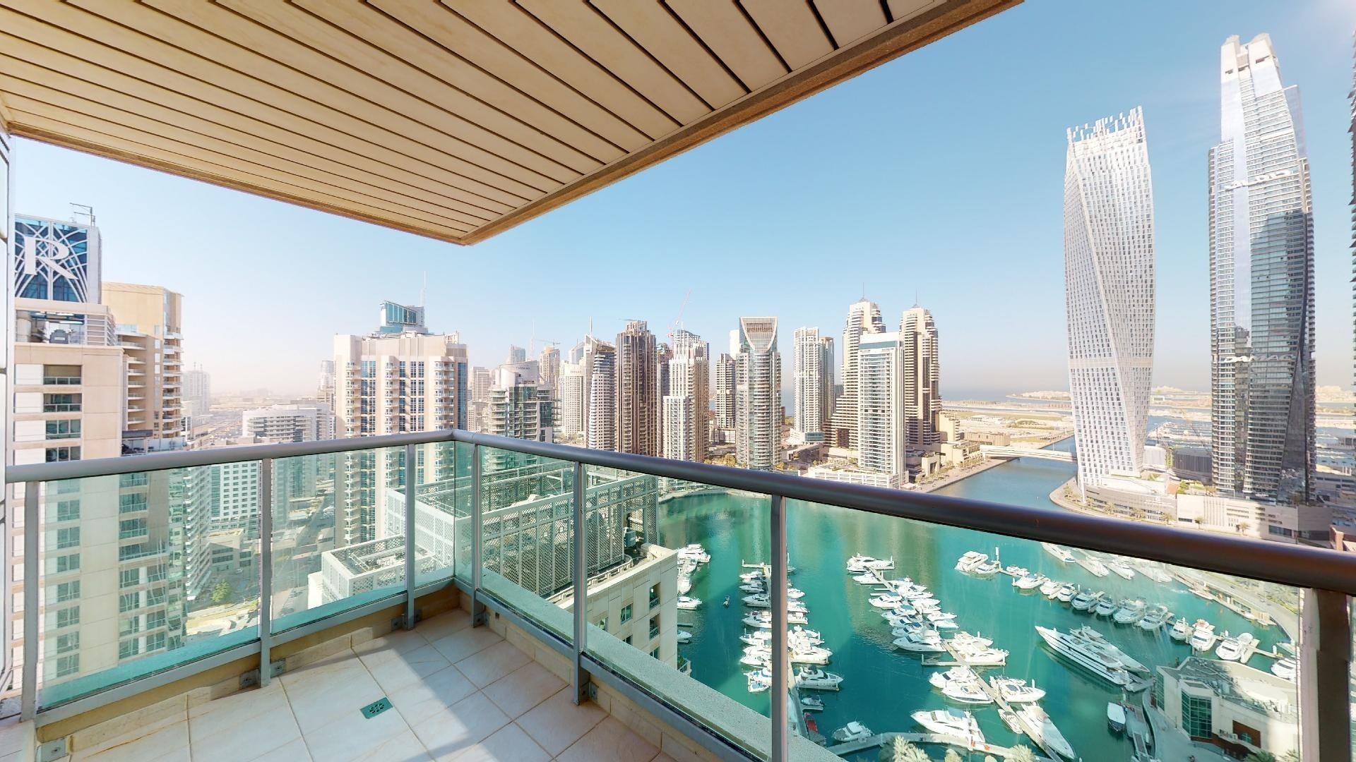 Half commission | Full Marina views | Best location
