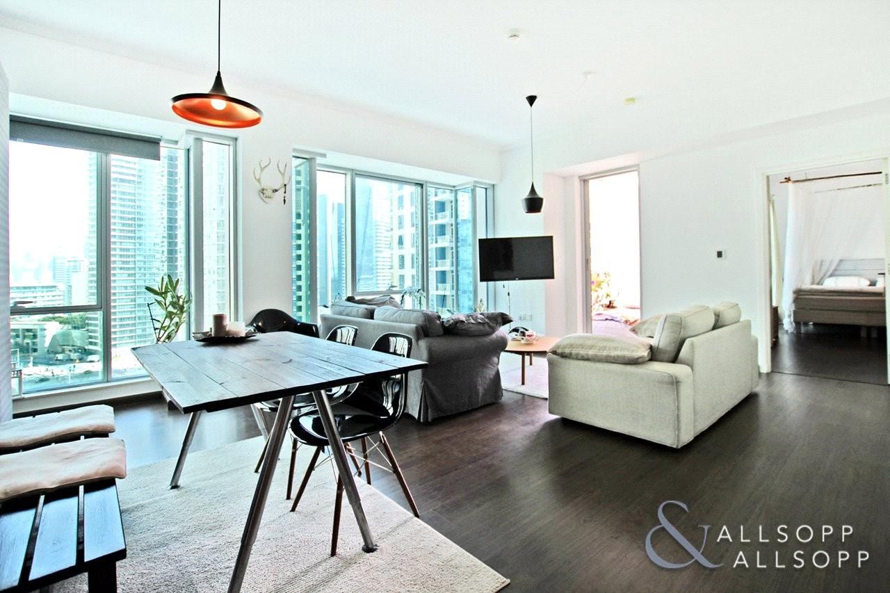 1 Bedroom | Fully Upgraded | Marina View