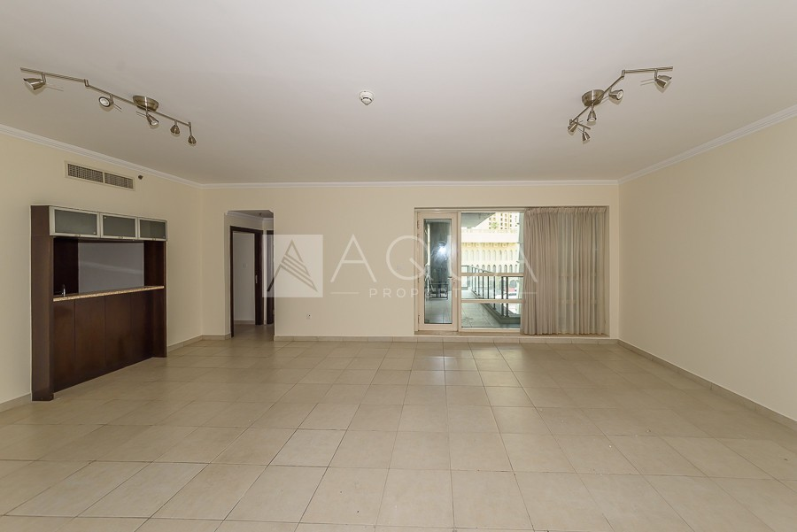 Spacious Unit | Low Floor | Chiller Free