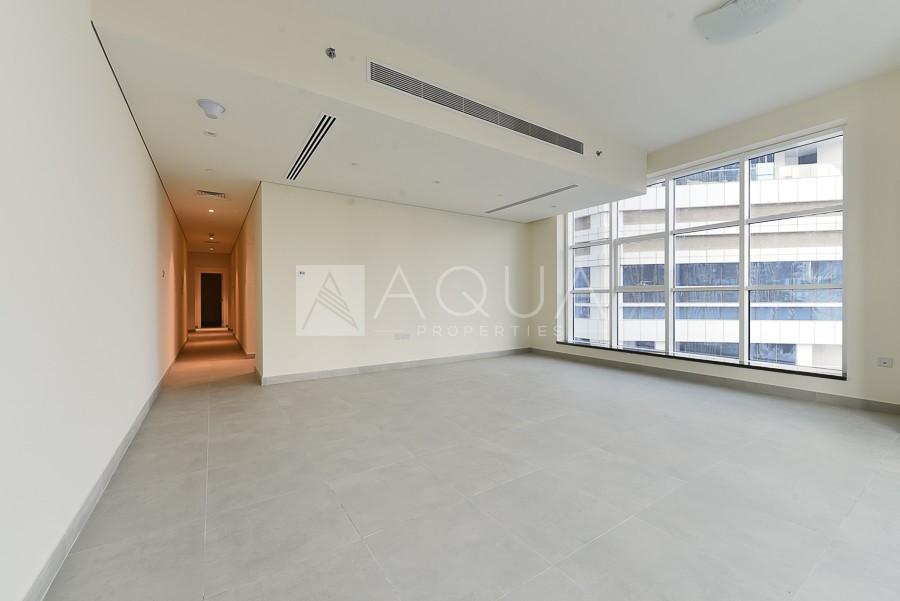 Luxurious | Unfurnished | Vacant  | Balcony